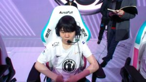 Invictus Gaming mid laner, Rookie